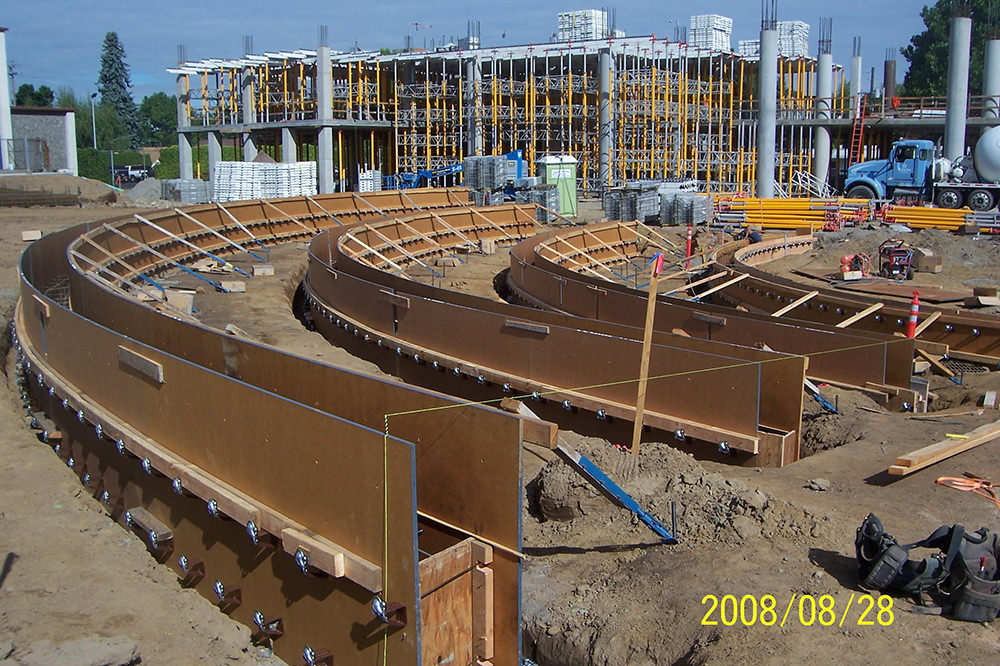 Concordia University Amphitheater, radius walls, architectural, multi story concrete podium