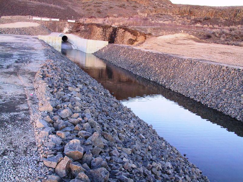 Pinto Dam Stilling Basin